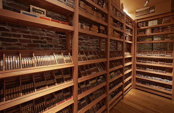 A-humidor-full-of-medium-bodied-cigars.j
