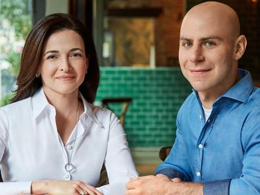 Opción B. Sheryl Sandberg y Adam Grant