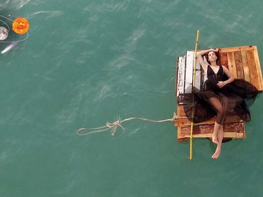 10 วิธีเอาชีวิตรอดบนเกาะร้างอย่างทันสมัย