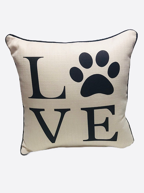 "Pillow ""LOVE"""