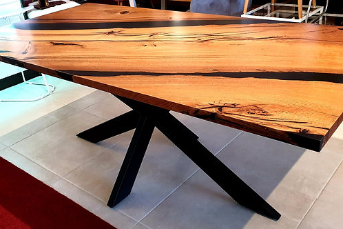 Abonos Star Table mit Epoxid