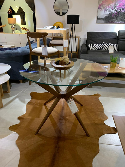 Round Glas Table