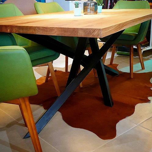 Elegant Table Industrial
