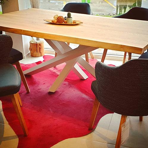 Elegant white nature Table