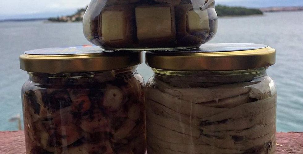 Fileti slanih inćuna