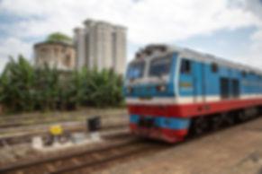 ho chi minh サイゴン駅 鉄道 列車 bienhoa ビエンホア vietnam