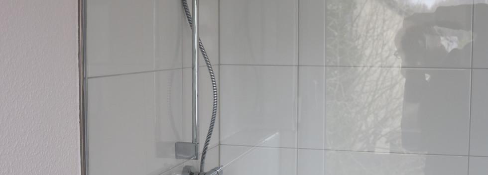 Moderne Duschsäule