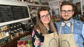 Café-boutique Aux 5 sœurs : comment la reprise d'un ancien magasin général est devenu lieu de partag