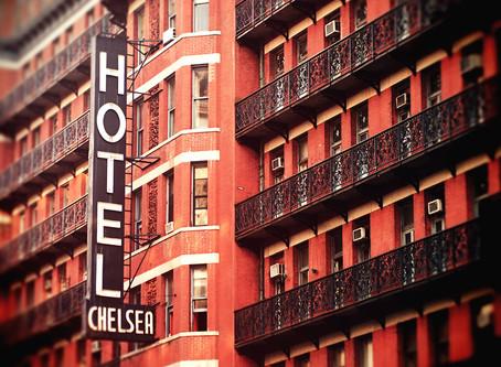 Tra musica, cinema e poesia: tutta l'arte del mito del Chelsea Hotel