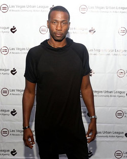 Actor _wwwjustleon Leon Robinson is modeling an #Oliventa Euro hoodie at the 2016 Film Festival Red