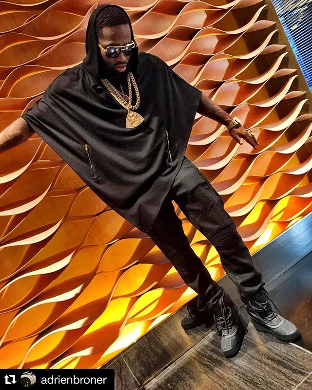 #Repost 4 time world champion boxer  _adrienbroner wearing a poncho designed and manufactured by Oli