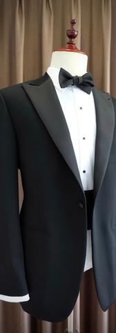 Tuxedo With Grosgrain Lapels