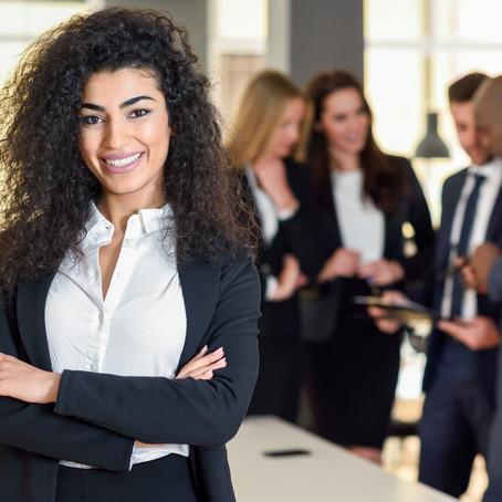 """""""Donas do Negócio"""" e a gestão por meio das novas tecnologias"""