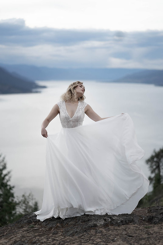 Nina Maria Photography, wedding editorial, okanagan lake photography, dance photography, bridal gown, bc photographer, kelowna