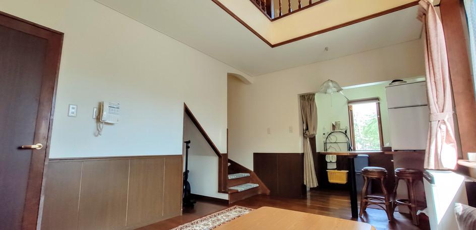 guestroom12.jpg