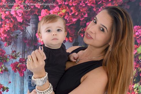 Ensaio fotográfico de Dia das Mães em estúdio fotográfico localizado no tatuapé , zona leste de São Paulo