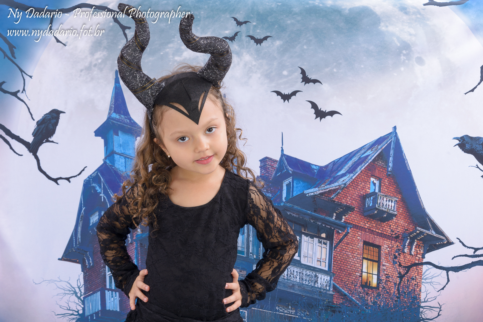 Ensaio Fotográfico de Halloween - Dia das Bruxas - em estúdio fotográfico, tatuapé, zona leste  SP