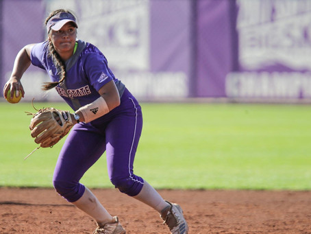 SOFTBALL: 'Cats Split a Pair of Games in Sin City