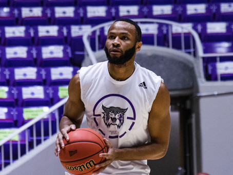 BASKETBALL: 'Cats Back in Familiar Territory at Season's End