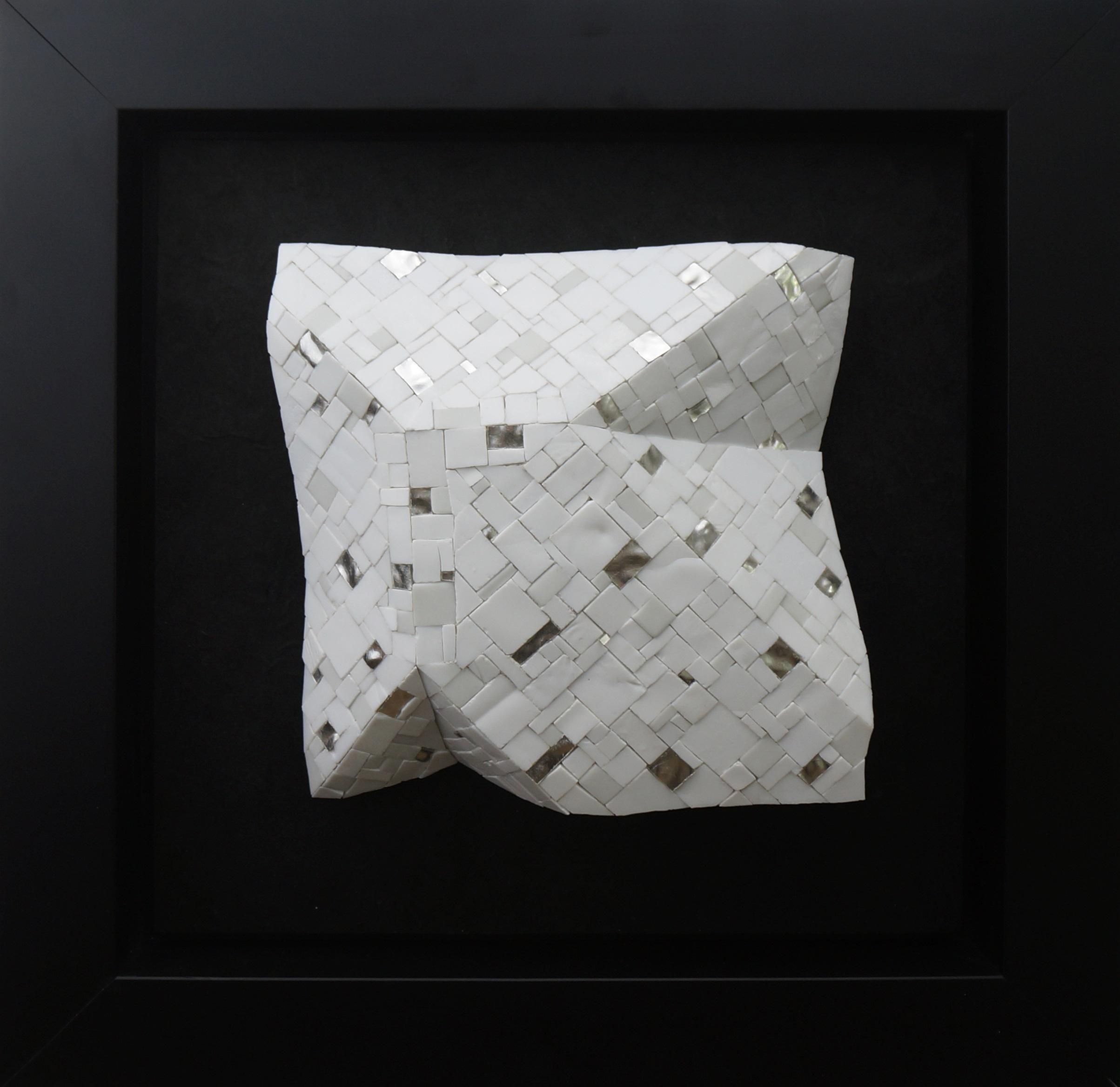 Shiro Piegare 8127 (1) White Black Silve