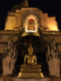 Wat Chedi Luang at night in Chiang Mai