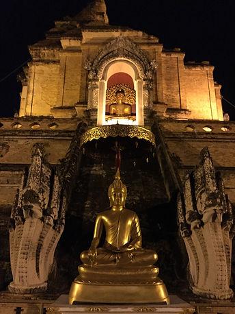Wat Chedi Luang at night in Chiang Mai