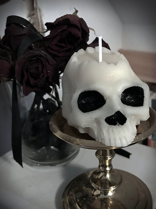 Pure Beeswax Skull Candle