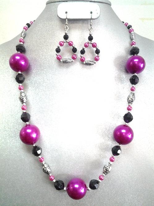 Acrylic Pearls & Antique Silver Bead Necklace Set