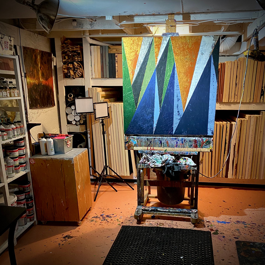 """Studio View """"Golden Pass"""""""