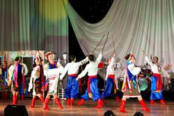 МКЗК «Вокально-хореографічний ансамбль «Юність Дніпра» Дніпропетровської міської Мiсто кольорових  м