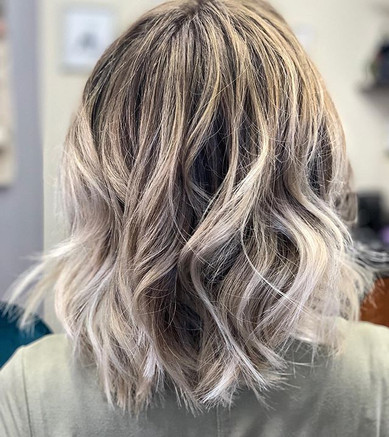 Between shoulder to chin length texture