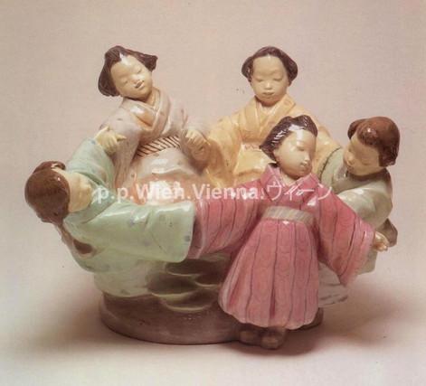 Reigen fünf japanischer Mädchen