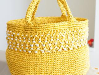 編み物教室 ミモザ色のかごバック