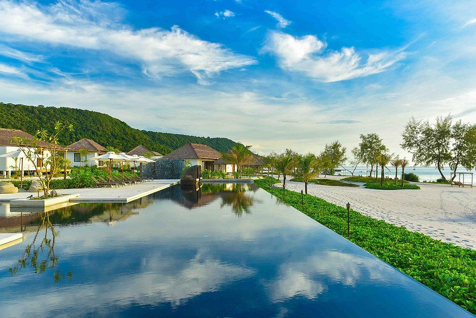 Swimming Pool_02.jpg