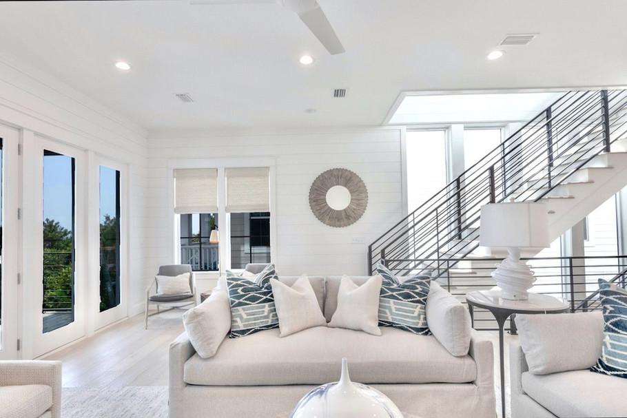 Main Floor Living