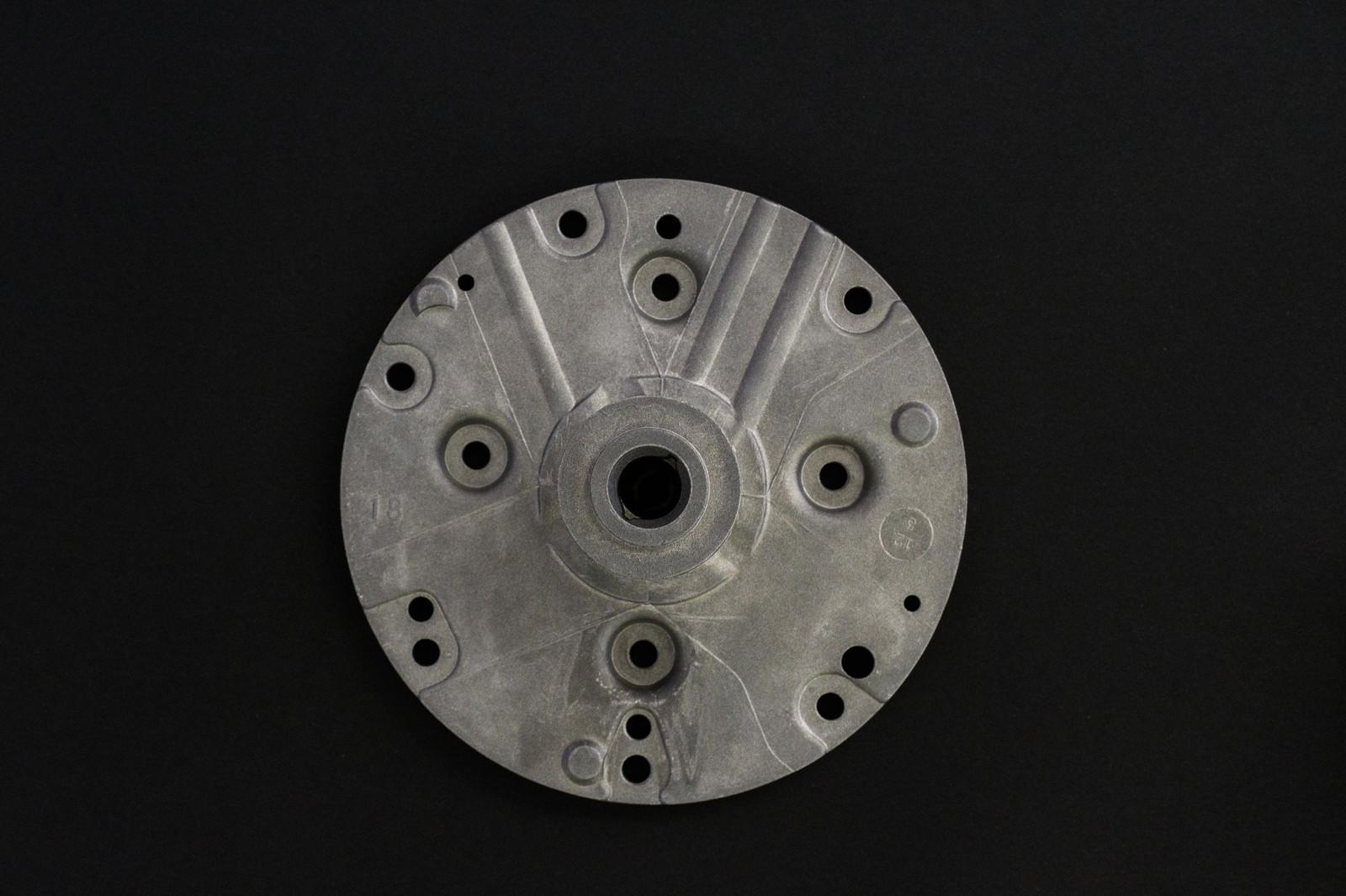 ... aluminum die cast 8679.jpg