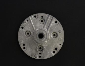 aluminum die cast 8679.jpg