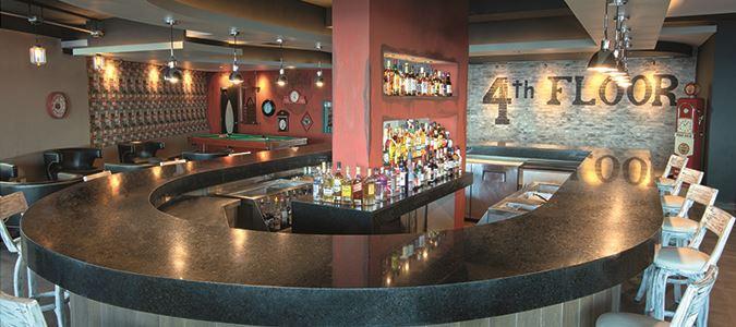 El Dorado Seaside Suites 4th Floor bar