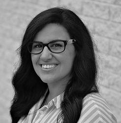 Laura Bruno, Registered Psychotherapist in Niagara Falls for adults, trauma, stress, depression
