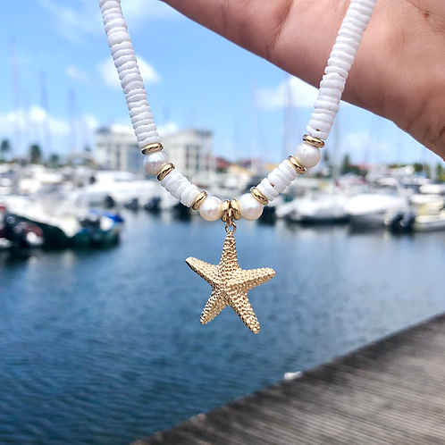 Collier Heishi by the sea