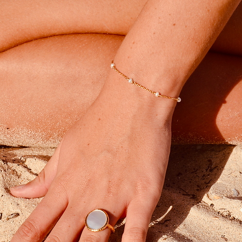 Bracelet chaîne perlée blanc