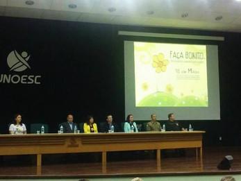Adrianinho prestigia Seminário pelo Fim da Exploração Infanto Juvenil