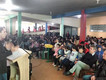 Vereadores do PT acompanham reinauguração de Biblioteca em Xanxerê
