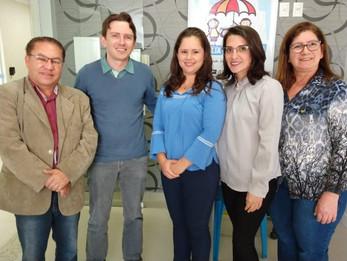 Adrianinho participa da inauguração do novo espaço do Programa Família Acolhedora
