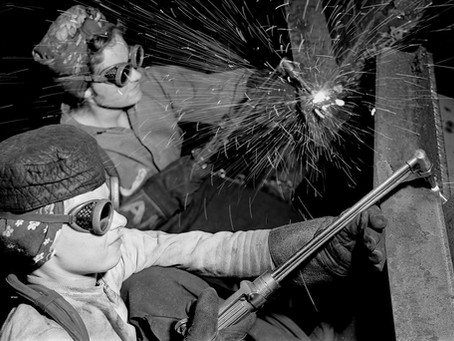 """עולמה של הצלמת מרגרט ברק-וייט: """"תמונותיה היו חייה"""""""