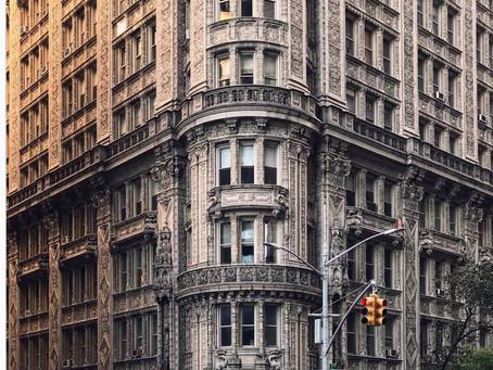בניין Alwyn Court:  פנינה ארכיטקטונית בעיר ניו יורק