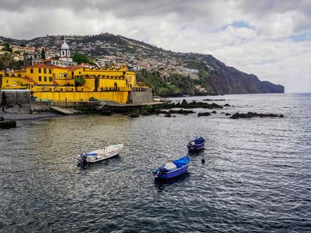 המבצרים הפורטוגלים באי מדירה ובגואה