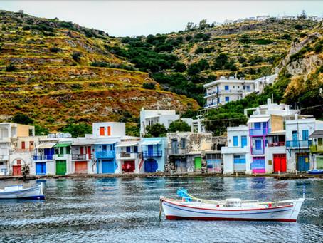 האי קימולוס, יוון , סיור סמטאות בדרך למבצר העתיק