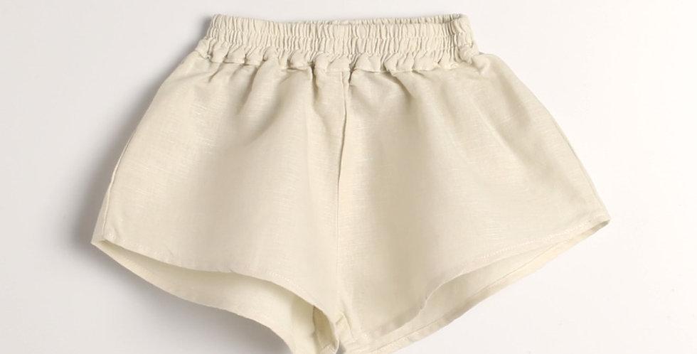 Width short pants