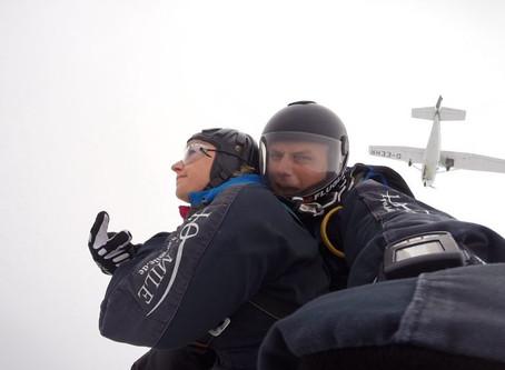 Der Sprung aus 4000m Höhe